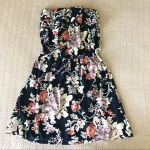 Black Fall Floral Strapless Dress Flounce Top